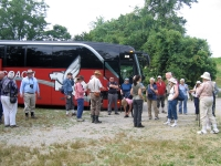prehistoric-society-bus-arriving-at-piney-creek-site